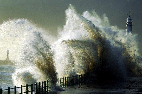 На Великобританию надвигается шторм