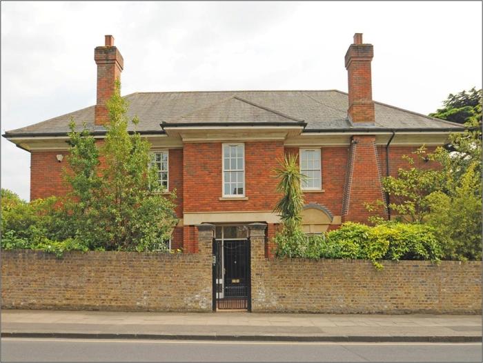 Дом в престижном районе Лондона Уимблдон — £3750000