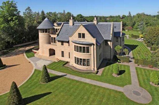 Нехватка предложения вынуждает покупателей недвижимости платить больше