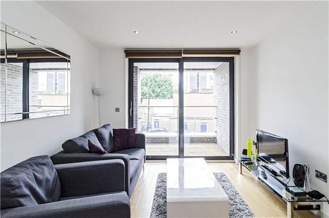 Квартира с одной спальней Олдгейт,  £465000