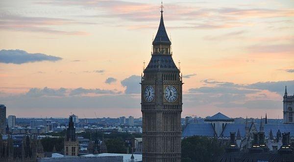 Новые правила кредитования незначительно повлияли на рынок недвижимости Великобритании