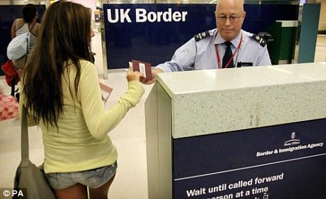 Лэндлорды в Великобритании не готовы  контролировать мигрантов