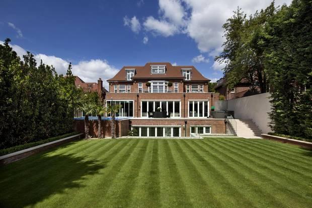 Активность на рынке недвижимости Великобритании выросла  на 8,4% за год
