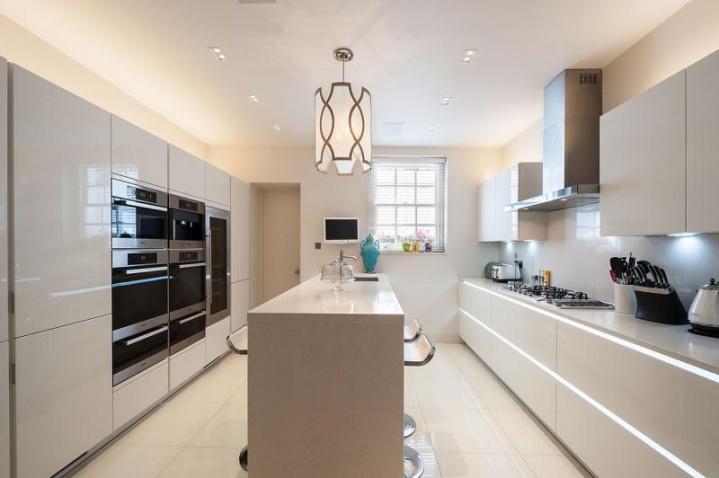 Арендная плата на рынке элитной недвижимости Лондона растет третий месяц подряд