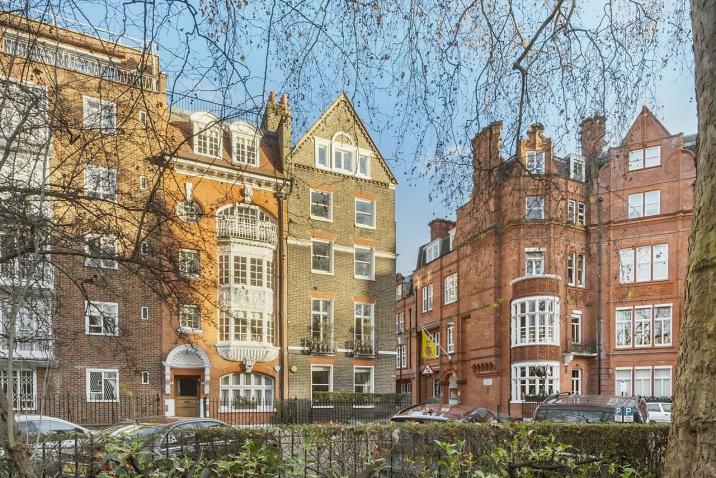 HANS PLACE, KNIGHTSBRIDGE SW1X — £ 14500000