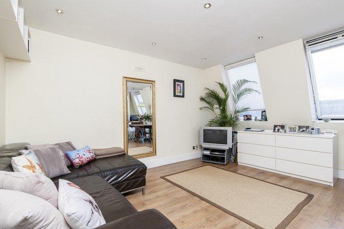 Квартира в Лондоне с двумя спальнями — W11 — £ 680000