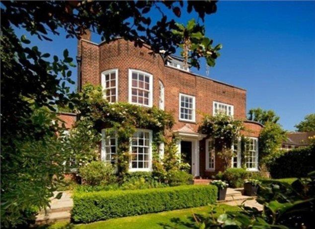 В мае 2015 на рынке аренды недвижимости Лондона отмечена необычайная активность