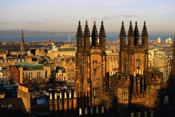 Британское правительство  выделило  £2,3 миллиарда на улучшение инфраструктуры городов