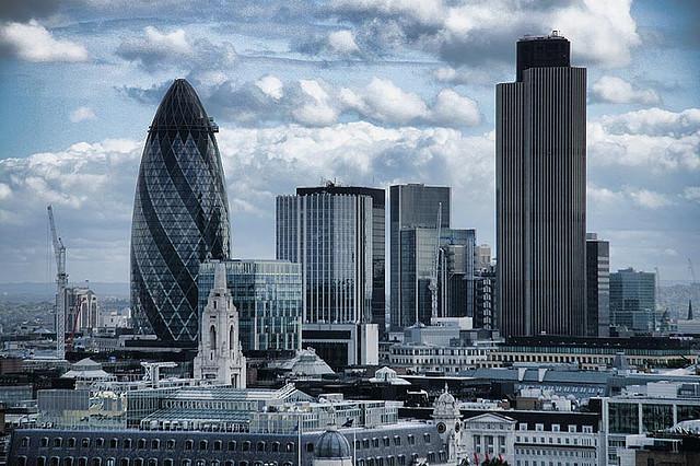 Спрос на недвижимость  в Лондоне  растет благодаря процветанию финансового сектора