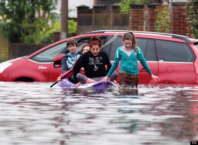 Риск наводнения предложено включать как обязательную  информацию при продажи недвижимости в Великобритании